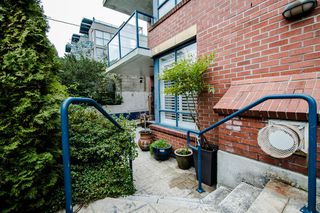 "Photo 43: 102 1725 BALSAM Street in Vancouver: Kitsilano Condo for sale in ""BALSAM HOUSE"" (Vancouver West)  : MLS®# R2031325"