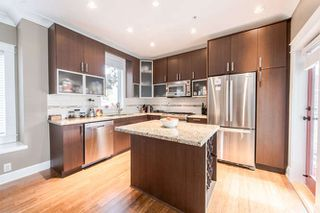 Photo 3: 1165 HAROLD Road in North Vancouver: Lynn Valley Townhouse for sale : MLS®# R2040054