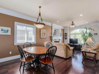 """Photo 3: 918 SPERLING Avenue in Burnaby: Sperling-Duthie House for sale in """"Sperling-Duthie"""" (Burnaby North)  : MLS®# R2069619"""