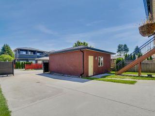 """Photo 19: 918 SPERLING Avenue in Burnaby: Sperling-Duthie House for sale in """"Sperling-Duthie"""" (Burnaby North)  : MLS®# R2069619"""