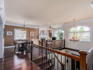 """Photo 2: 918 SPERLING Avenue in Burnaby: Sperling-Duthie House for sale in """"Sperling-Duthie"""" (Burnaby North)  : MLS®# R2069619"""