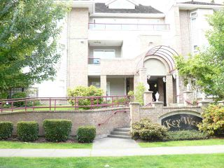 """Main Photo: 312 1999 SUFFOLK Avenue in Port Coquitlam: Glenwood PQ Condo for sale in """"Key West"""" : MLS®# R2079761"""
