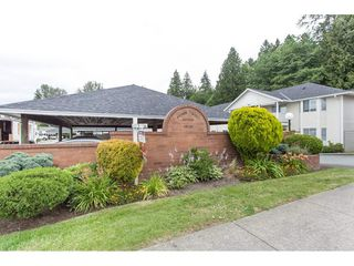 "Photo 1: 29 20799 119 Avenue in Maple Ridge: Southwest Maple Ridge Townhouse for sale in ""Meadowridge Estates"" : MLS®# R2082591"