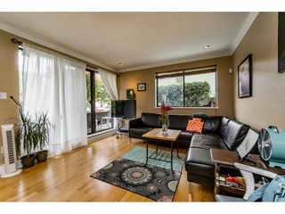 "Photo 3: 105 334 E 5TH Avenue in Vancouver: Mount Pleasant VE Condo for sale in ""VIEW POINTE"" (Vancouver East)  : MLS®# R2087437"
