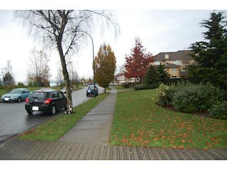 Photo 4: 75 3426 TERRA VITA PLACE: Renfrew VE Home for sale ()  : MLS®# V1142853