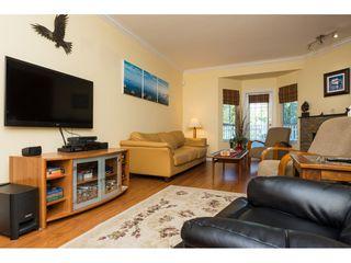 "Photo 3: 6 22000 SHARPE Avenue in Richmond: Hamilton RI Townhouse for sale in ""RICHMOND MEWS"" : MLS®# R2094428"
