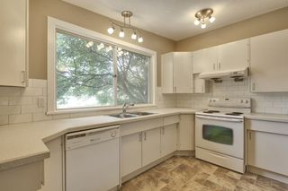 Photo 9: 9640 24 Street SW in Calgary: House for sale : MLS®# C3628130