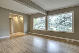 Photo 5: 9640 24 Street SW in Calgary: House for sale : MLS®# C3628130