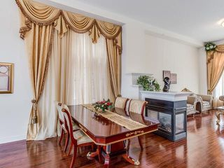 Photo 4: 420 Father Tobin Road in Brampton: Sandringham-Wellington House (2-Storey) for sale : MLS®# W3718332