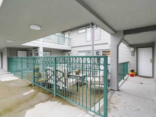 "Photo 19: 207 4889 53 Street in Delta: Hawthorne Condo for sale in ""GREEN GABLES"" (Ladner)  : MLS®# R2144821"