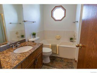 Photo 32: 403 Braeside Bay in Saskatoon: Briarwood Single Family Dwelling for sale (Saskatoon Area 01)  : MLS®# 600702