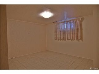 Photo 18: 555 Hethrington Avenue in Winnipeg: Fort Rouge Residential for sale (1Aw)  : MLS®# 1707638