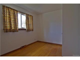 Photo 7: 555 Hethrington Avenue in Winnipeg: Fort Rouge Residential for sale (1Aw)  : MLS®# 1707638