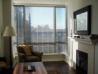 Photo 2: 302 1550 MARTIN Street in South Surrey White Rock: Home for sale : MLS®# F1300599