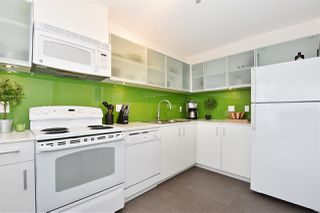 "Photo 4: 510 66 W CORDOVA Street in Vancouver: Downtown VW Condo for sale in ""66 W CORDOVA"" (Vancouver West)  : MLS®# R2178972"