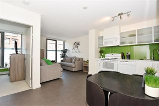 "Photo 3: 510 66 W CORDOVA Street in Vancouver: Downtown VW Condo for sale in ""66 W CORDOVA"" (Vancouver West)  : MLS®# R2178972"
