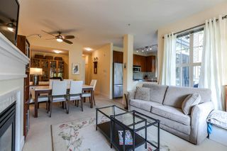 "Photo 3: 2315 4625 VALLEY Drive in Vancouver: Quilchena Condo for sale in ""ALEXANDRA HOUSE"" (Vancouver West)  : MLS®# R2202722"
