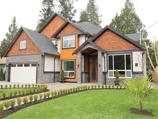 Photo 1: 2285 124 STREET in South Surrey White Rock: Home for sale : MLS®# R2018493