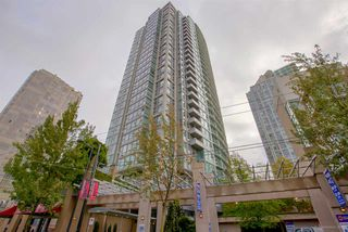 "Main Photo: 3005 1008 CAMBIE Street in Vancouver: Yaletown Condo for sale in ""WATERWORKS"" (Vancouver West)  : MLS®# R2214734"