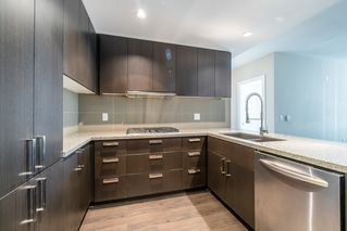 Photo 7: 1706 1155 THE HIGH STREET in Coquitlam: North Coquitlam Condo for sale : MLS®# R2208275