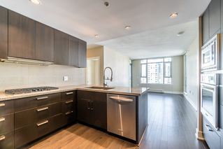 Photo 6: 1706 1155 THE HIGH STREET in Coquitlam: North Coquitlam Condo for sale : MLS®# R2208275