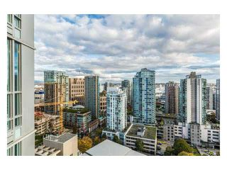 "Photo 1: 2310 833 SEYMOUR Street in Vancouver: Downtown VW Condo for sale in ""CAPITOL RESIDENCES"" (Vancouver West)  : MLS®# R2242154"
