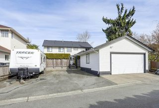 Photo 18: 18572 64 Avenue in Surrey: Cloverdale BC House for sale (Cloverdale)  : MLS®# R2247998