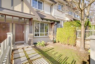 "Photo 2: 106 2200 PANORAMA Drive in Port Moody: Heritage Woods PM Townhouse for sale in ""QUEST"" : MLS®# R2248826"