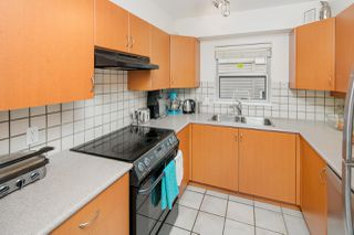 "Photo 7: 306 3161 W 4TH Avenue in Vancouver: Kitsilano Condo for sale in ""Bridgewater"" (Vancouver West)  : MLS®# R2252176"