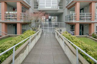 "Photo 16: 306 3161 W 4TH Avenue in Vancouver: Kitsilano Condo for sale in ""Bridgewater"" (Vancouver West)  : MLS®# R2252176"