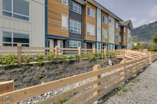 "Photo 1: 43 1188 WILSON Crescent in Squamish: Dentville Townhouse for sale in ""The Current"" : MLS®# R2259461"