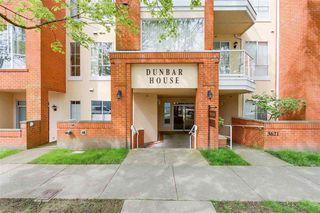 "Photo 1: 301 3621 W 26TH Avenue in Vancouver: Dunbar Condo for sale in ""DUNBAR HOUSE"" (Vancouver West)  : MLS®# R2275235"