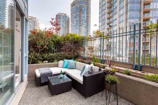 """Photo 10: 301 183 KEEFER Place in Vancouver: Downtown VW Condo for sale in """"PARIS PLACE"""" (Vancouver West)  : MLS®# R2279354"""