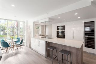 """Photo 1: 301 183 KEEFER Place in Vancouver: Downtown VW Condo for sale in """"PARIS PLACE"""" (Vancouver West)  : MLS®# R2279354"""