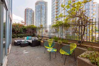 """Photo 4: 301 183 KEEFER Place in Vancouver: Downtown VW Condo for sale in """"PARIS PLACE"""" (Vancouver West)  : MLS®# R2279354"""