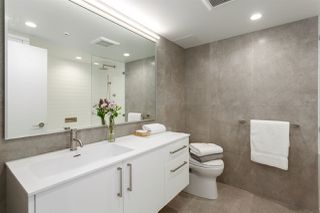 """Photo 14: 301 183 KEEFER Place in Vancouver: Downtown VW Condo for sale in """"PARIS PLACE"""" (Vancouver West)  : MLS®# R2279354"""