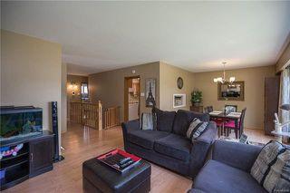 Photo 4: 842 Parkhill Street in Winnipeg: Crestview Residential for sale (5H)  : MLS®# 1817271
