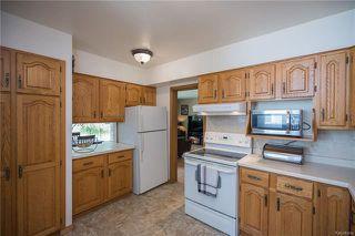 Photo 2: 842 Parkhill Street in Winnipeg: Crestview Residential for sale (5H)  : MLS®# 1817271