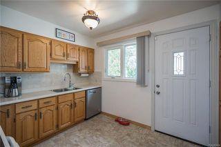 Photo 3: 842 Parkhill Street in Winnipeg: Crestview Residential for sale (5H)  : MLS®# 1817271