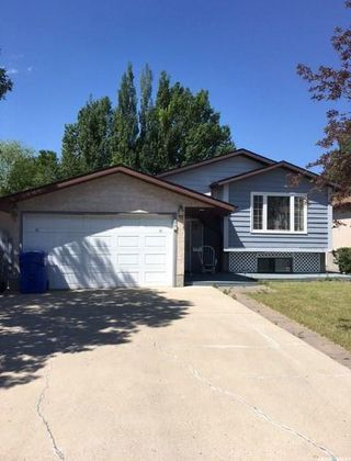 Photo 2: 910 East Bay in Regina: Parkridge RG Residential for sale : MLS®# SK739125