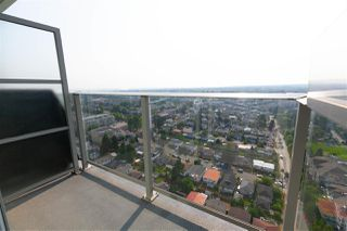 "Photo 11: 2901 5515 BOUNDARY Road in Vancouver: Collingwood VE Condo for sale in ""WALL CENTRE CENTRAL PARK"" (Vancouver East)  : MLS®# R2293643"