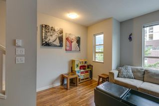 "Photo 5: 38330 EAGLEWIND Boulevard in Squamish: Downtown SQ Townhouse for sale in ""Eaglewind"" : MLS®# R2296912"