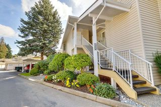 """Photo 2: 201 10584 153 Street in Surrey: Guildford Townhouse for sale in """"GLENWOOD VILLAGE"""" (North Surrey)  : MLS®# R2307414"""