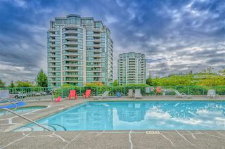 Main Photo: 704 8831 LANSDOWNE Road in Richmond: Brighouse Condo for sale : MLS®# R2309579