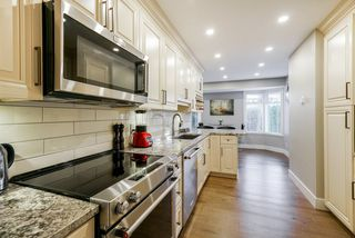 """Photo 8: 39 2500 152 Street in Surrey: King George Corridor Townhouse for sale in """"Peninsula"""" (South Surrey White Rock)  : MLS®# R2324351"""