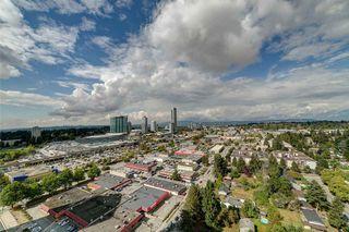 Photo 10: 3211 13696 100 Avenue in Surrey: Whalley Condo for sale (North Surrey)  : MLS®# R2329717