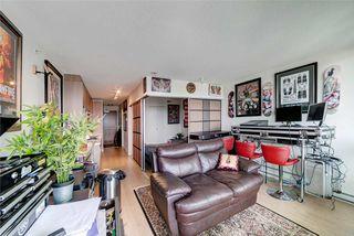 Photo 2: 3211 13696 100 Avenue in Surrey: Whalley Condo for sale (North Surrey)  : MLS®# R2329717