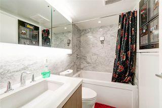 Photo 5: 3211 13696 100 Avenue in Surrey: Whalley Condo for sale (North Surrey)  : MLS®# R2329717