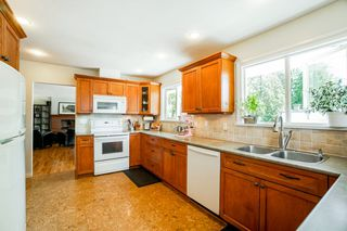 Photo 9: 2838 SECHELT Drive in North Vancouver: Blueridge NV House for sale : MLS®# R2330275