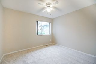 """Photo 11: 82 5550 LANGLEY BYPASS Street in Langley: Langley City Townhouse for sale in """"Riverwynde"""" : MLS®# R2331096"""
